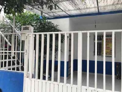 Se Vende Casa En Col. Circunvalación Oblatos, Guadalajara Jal.