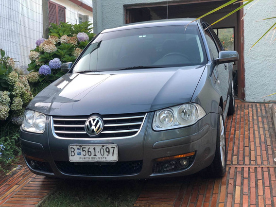 Volkswagen Bora 1.8 Highline T 180cv Cuero 2009