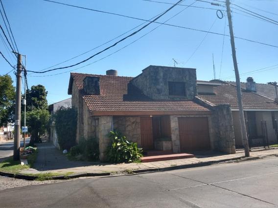 Casa 4 Ambientes En Villa Sarmiento, Virrey Liniers 599