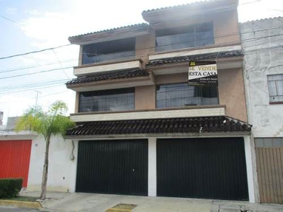 Se Vende Casa En Colonia Jardines De San Manuel