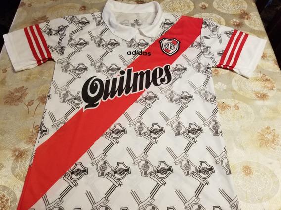 Camiseta River Retro 1997