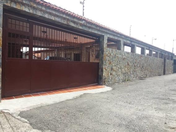Venta Expectacular Casa. Inf.ma.fda.04241045413