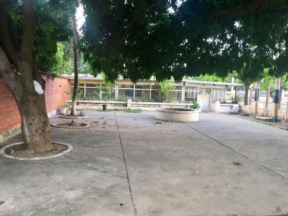 Bodegas En Venta Urbanizacion Mayales Aeropuerto 793-235
