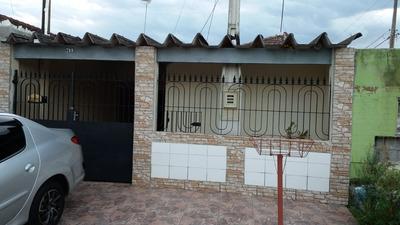 Casa De 03 Quartos