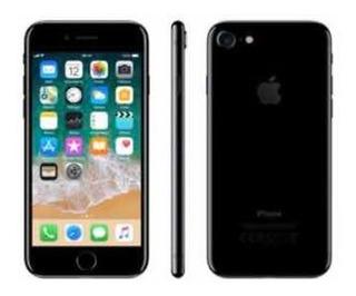 iPhone 7 128g Conservado Com 2 Capas De Silicone Originais