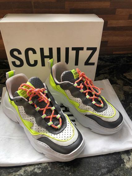 Tênis Schutz Chunky Sneaker S.95-18 Pearl