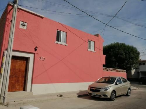 Hermosa Casa En Privada En Zona Centro