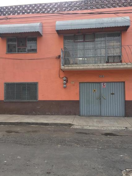 Excelente Casa En Venta En Colonia Nueva Atzacoalco