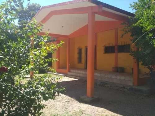 Casa En Venta San Francisco Ixhuatán, Oaxaca