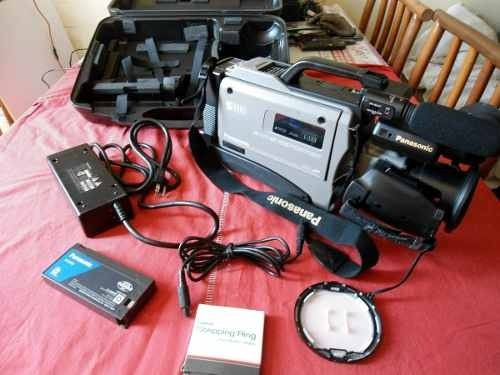 Kit Com Maleta Super Resistente, Filmadora, Microfone Embuti