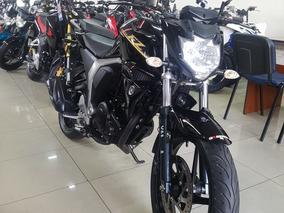 Yamaha Fz Fi 2.0 Negra Permuto Financio Con Dni Qr Motors