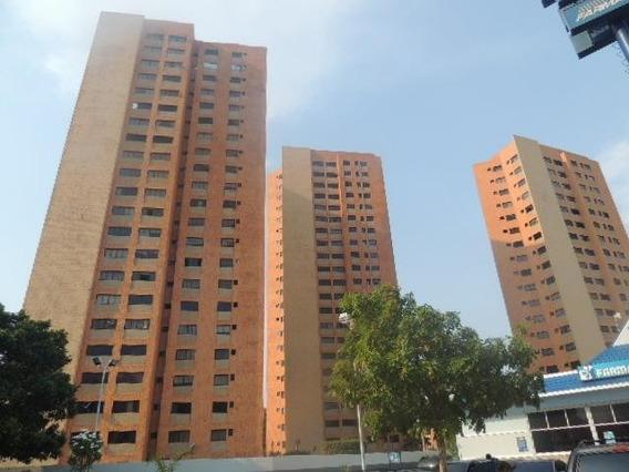 Apartamento En Alquiler Av. Bella Vista Mls #20-17759