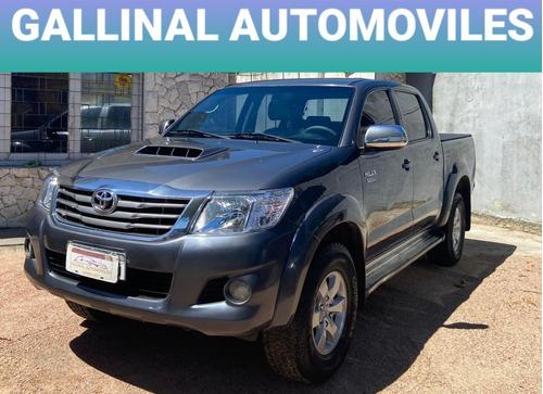 Toyota Hilux Srv 4x4 Automatica - Permuto Financio