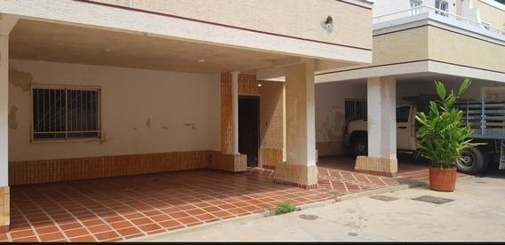 Casa En Alquiler Lago Mar Beach Api 5032