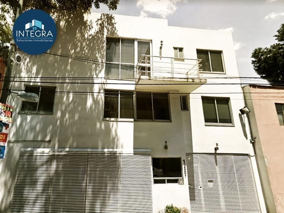 Casa En Condominio En Venta, Monrovia, Portales.
