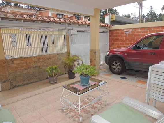 Bello Y Economico Town House En Llano Alto
