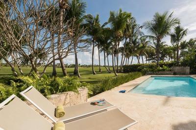 Lujosa Villa En Tortuga Bay Punta Cana