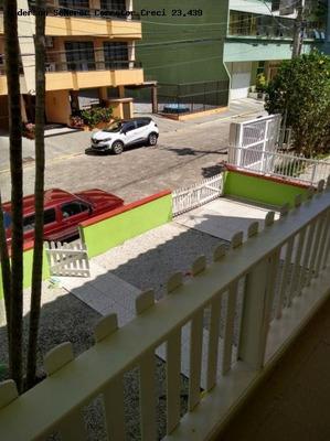 Casa Para Temporada Em Itapema, Meia Praia, 5 Dormitórios, 1 Suíte, 5 Banheiros, 4 Vagas - Ca303120