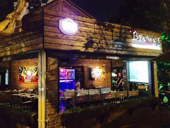 Bar En Pleno Centro De Adrogue