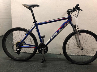 Bicicleta Fuji Nevada 3.0