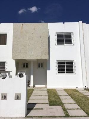 Casa Amueblada En Renta En Tres Cantos Residencial