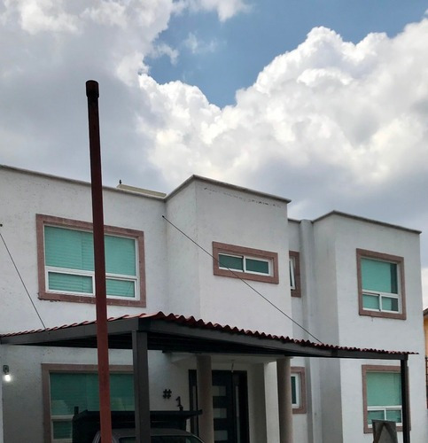 Venta Casa Nueva Estilo Californiano Buena Distribucion De Espacios