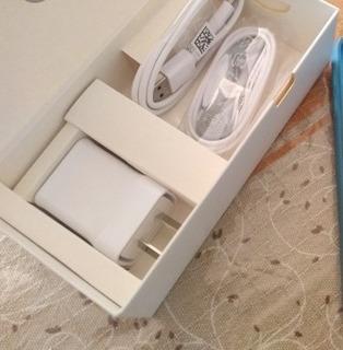 Samsung Caja J4 Cargador Cable Usb Auriculares Usado