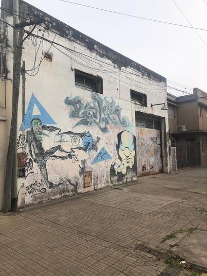 Alquiler De Galpón, La Plata. Calle 29 E/ 55 Y 56.