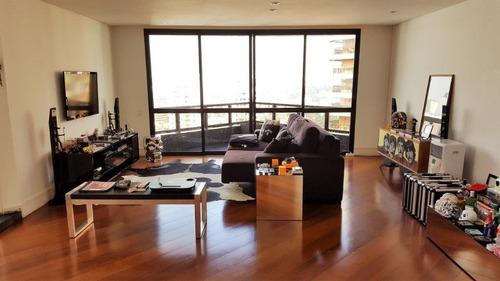 Imagem 1 de 20 de Cobertura Triplex No Campo Belo, 200m2, 3 Dormitorios, 1 Suite, Sala De Estar, Piscina Com Deck E Churrasqueira. - At0011