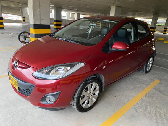 Mazda 2 Mecanico 1.5 Hatchback 2013