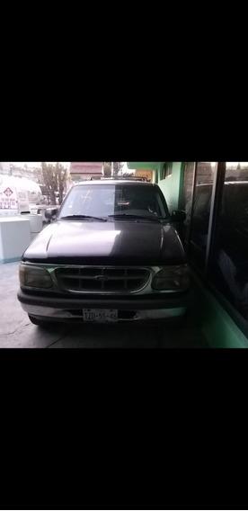 Ford Explorer Americana