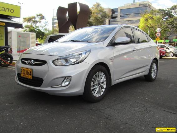 Hyundai Accent Gl At 1600