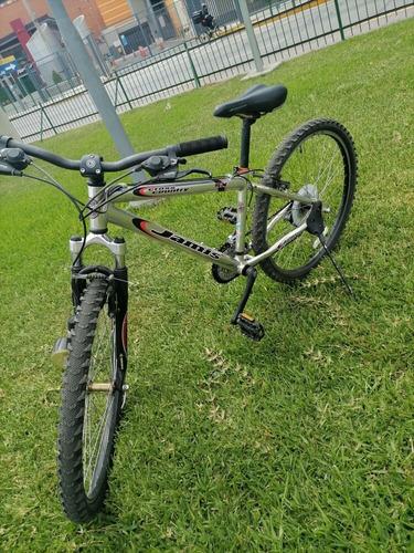 Imagen 1 de 10 de Bicicleta Jamis Aluminio 6061 Made In Japan