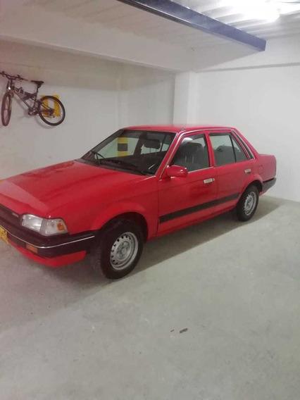 Mazda 323 Sedan Excelente Estado