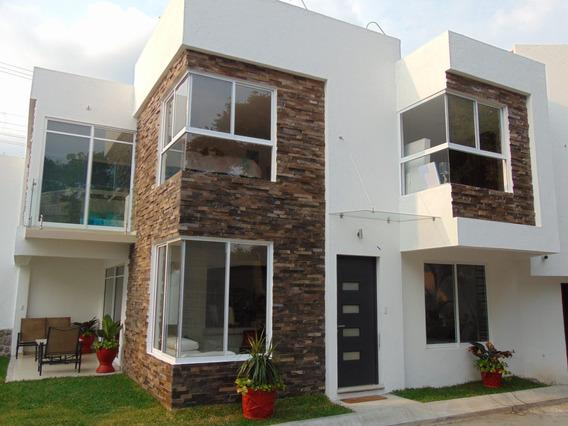 Casas Con Alberca Condominio Solo 8 Casas