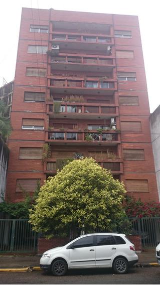 Cochera En Alquiler En La Plata   49 E/1y2