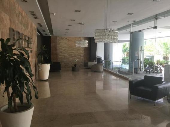 Apartamento Amoblado E Venta En Costa Del Este 19-783 Emb