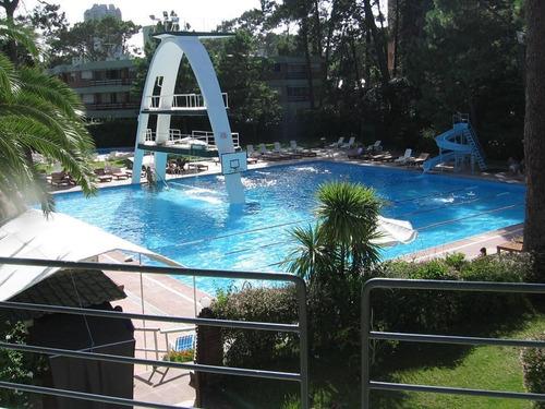 Imagen 1 de 14 de Apartamento Con Piscina En Punta Del Este. Solo Temporada.