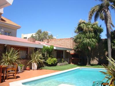 Casa Venta Carrasco 3 Dormitorios, Piscina, Parrillero