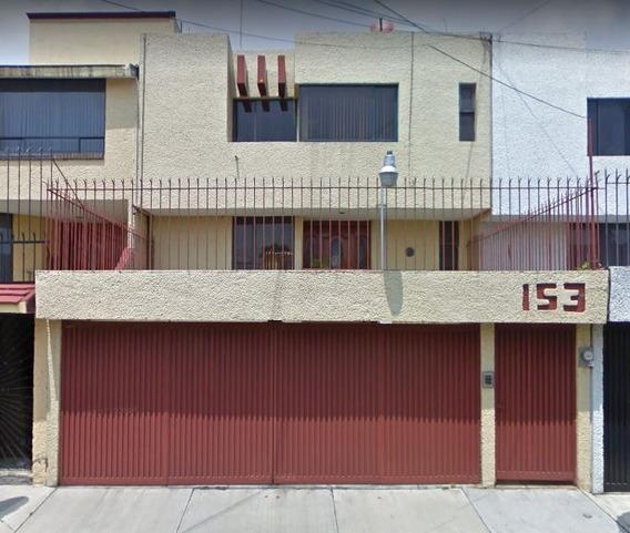 Excelente Casa Del Pregonero # 153 Col. Colinas Del Sur