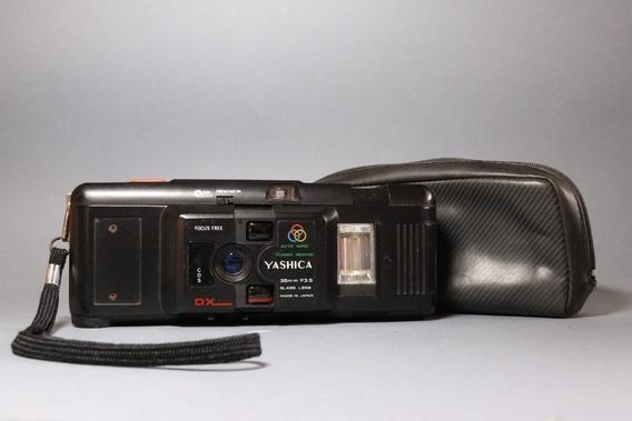 Câmera Yashica M-616d