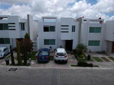 Se Vende Casa En Lomas De Angelópolis Ii, Dentro De Clúster Puebla Blanca