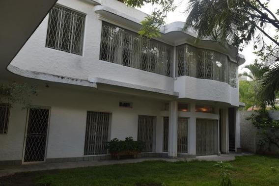 5 Casa En Venta 19-17546 La Floresta