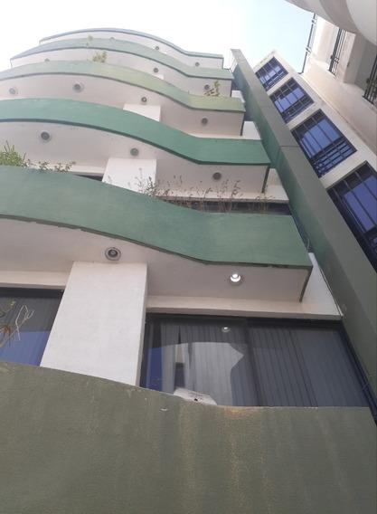 Se Ofrece Apartamento Iluminado Y Muy Ventilado