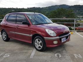 Daihatsu Sirion 2001