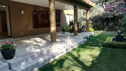 Vende Casa En Lomas De Vista Hermosa Baja Precio