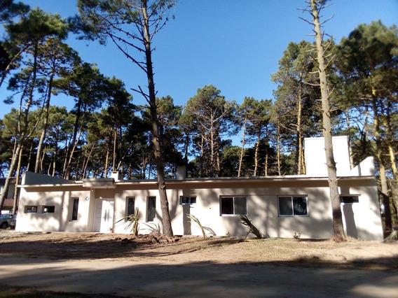 Casa A Estrenar De 4 Amb 3 Baños Lav Indep.