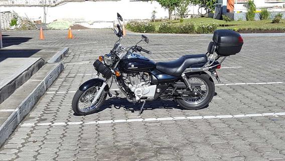 Moto Bajag Avenger 2014