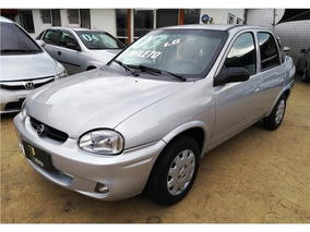 Chevrolet Corsa 1.6 Mpfi Classic Sedan 8v Gasolina 4p Manual