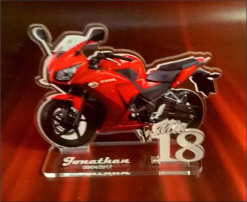 Imagen 1 de 2 de 30 Souvenirs Hombre+ 1 Central Auto Moto